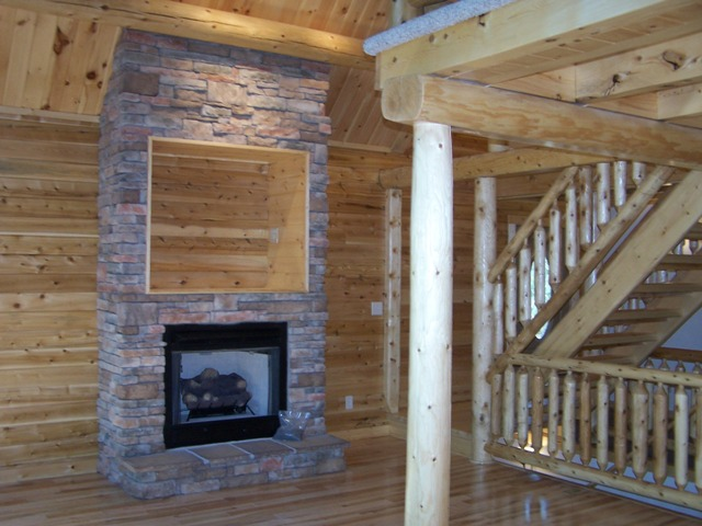 Project # MD06-3 This Katahdin Cedar Log Home is located at Deep Creek Lake