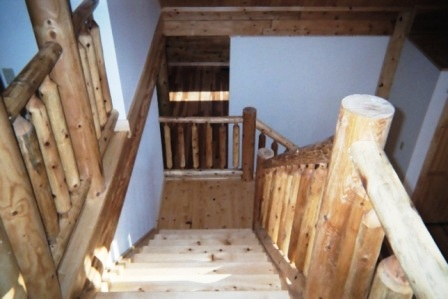 Katahdin Cedar Log Home located in Washington County Maryland